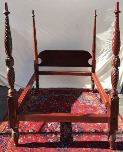 18TH C ANTIQUE SALEM MASSACHUSETTS FOUR POST TESTER BED ~~ A TREASURE