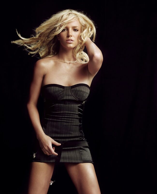 Britney Spears Unsigned 8x10 Photo (64)