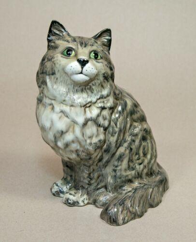 "Vintage BESWICK ENGLAND Sitting Persian Cat #1867 Gray w Green Eyes 8.25"" tall"