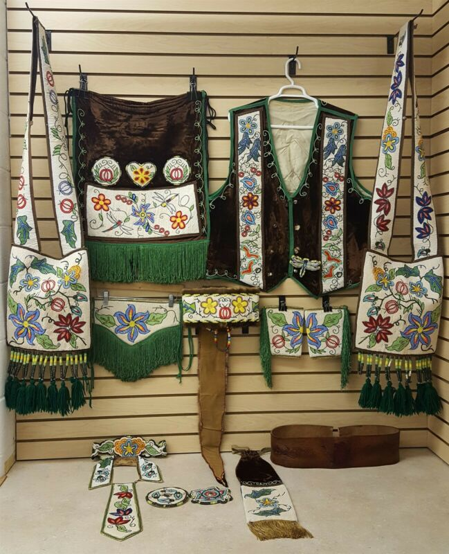 MENS 16 PC.HANDCRAFTED CUT BEADED FLOWER DES.NATIVE AMERICAN INDIAN DANCE OUTFIT