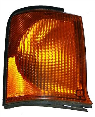 Discovery 2 Front Indicator Light Lamp GENUINE RH Right XBD100870 small crack