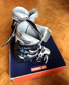 Ski boots Junior ,size 23.0-23.5,Unisex, in great condition