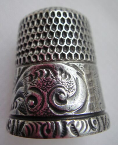 Antique Simon Bros SBC Sterling Silver Running Scrolls Paisley Thimble - Size 10