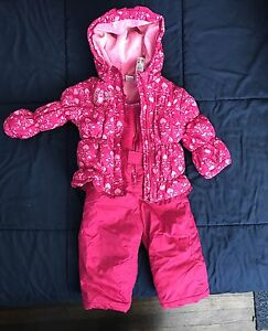 Girls 2 piece snow suit.