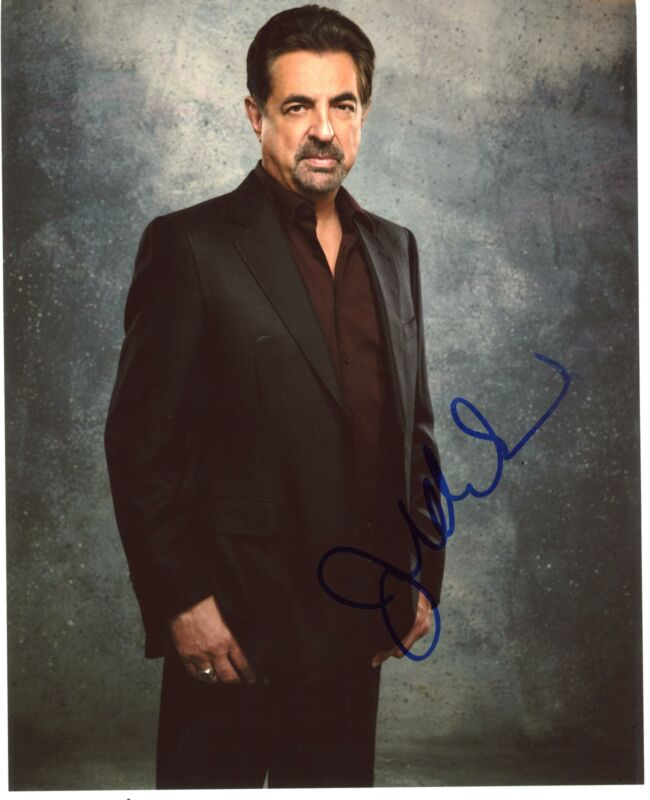 "Joe Mantegna ""Criminal Minds"" AUTOGRAPH Signed 8x10 Photo ACOA"