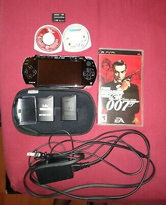 Sony PSP 1000 1001 PlayStation Portable; Excellent Condition; Original charger