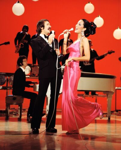 SONNY AND CHER - MUSIC PHOTO #E-67