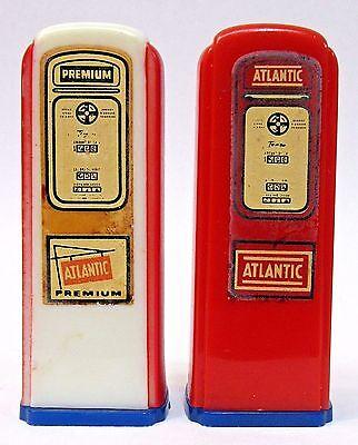 1950's ATLANTIC Kittanning Penn. matched GAS PUMP salt & pepper shakers set *