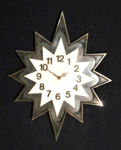 VINTAGE MID CENTURY STYLE PLEXIGLASS STAR SHAPED WALL CLOCK