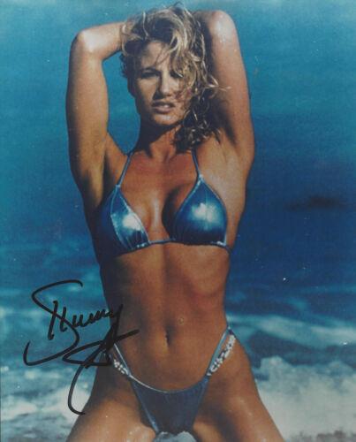 WWF Star Diva SUNNY  autographed 8x10 ocean  beach  photo