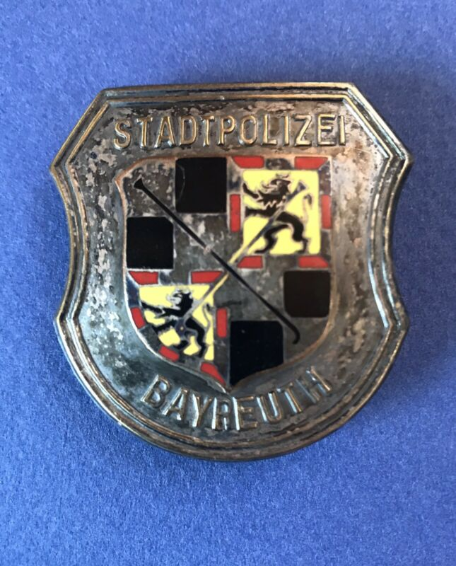 Obsolete German Enamel Police Breast Badge Stadtpolizei Bayreuth