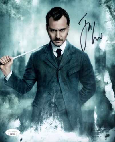 JUDE LAW Signed SHERLOCK HOLMES 8x10 Photo Autograph JSA COA