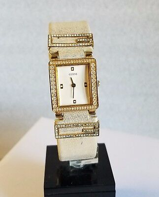 GUESS WHITE DIAL CRYSTALS BEIGE LEATHER STRAP LADIES WATCH I85497L2 PRE-OWNED