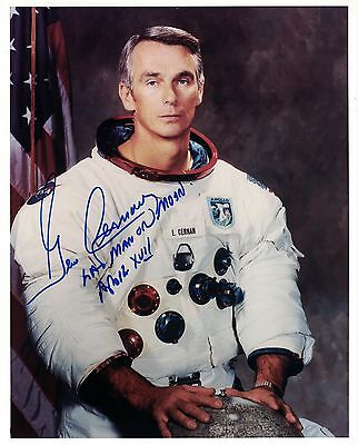 Purchasing !!  NASA Apollo 17 Astronaut  Gene Cernan Signed Photo Snowy Space Suit WSS