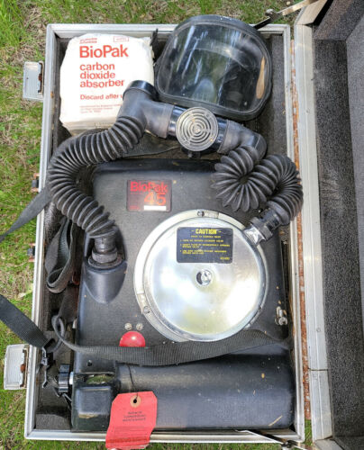 BioPak 45 Minute Self Contained Oxygen Breathing Apparatus Carbon Dioxide Absorb