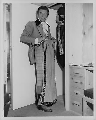 1949 Frank Sinatra in Costume The Kissing Bandit Press Photo](Frank Sinatra Costume)
