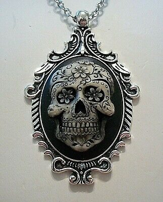 SUGAR SKULL  CAMEO SILVER PENDANT NECKLACE Painted - DAY OF THE DEAD - HALLOWEEN - Sugar Skull Halloween Paint