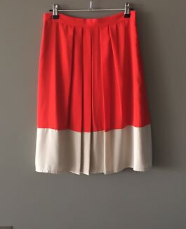 JACQUI-E Skirt