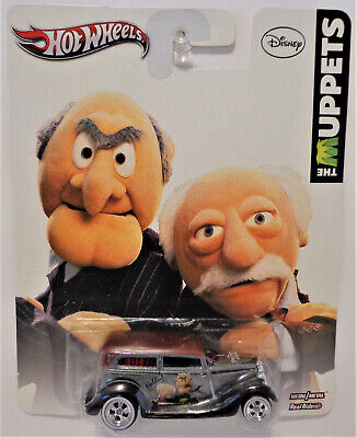 HOT WHEELS POP CULTURE THE MUPPETS STATLER AND WALDORF 34 FORD SEDAN DELIVERY