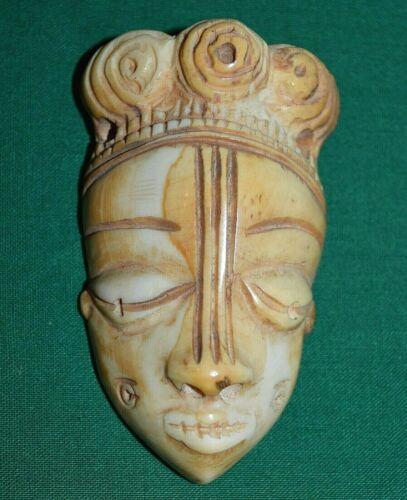 Antique African Pende Tribal Ikhoko Pendant Carved Talisman Amulet - Congo