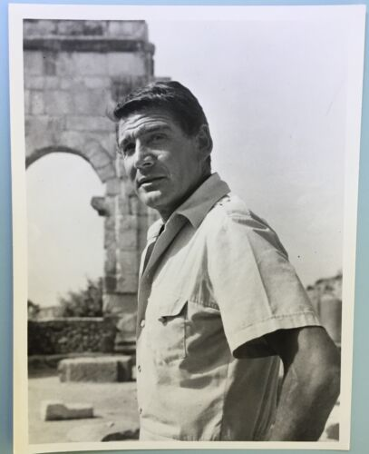 """Gene Barry B&W Photo 7""""X 9"""" Action Picture TV Star of Bat Masterson Burke's Law"""