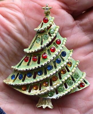 PRETTY! VINTAGE MULTI-COLORED RHINESTONE ENAMEL CHRISTMAS TREE BROOCH, SPARKLES