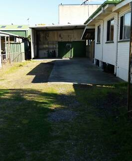 MASSIVE SHED AND CARSPACE FOR RENT