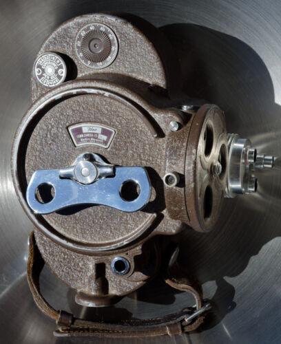 Bell Howell Filmo 70 DL 16mm camera body