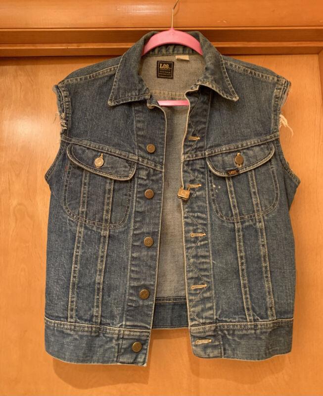 Vintage Lee Distressed Denim Vest Cut Off Sleeves Jean Jacket