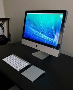 "Mid 2010 iMac 21.5"" (mint condition)"