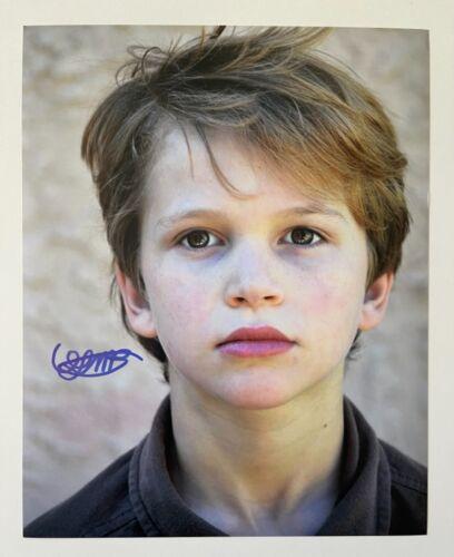 GABRIEL BATEMAN SIGNED 8X10 PHOTO - LIGHTS OUT - CHILD