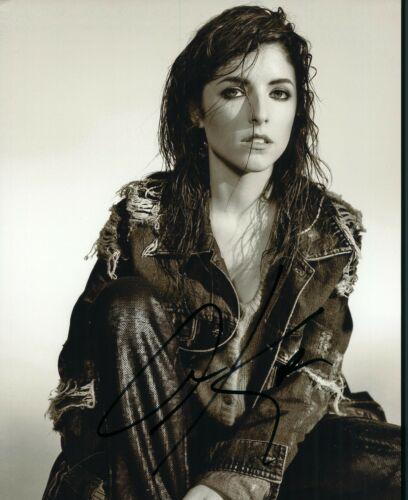 Anna Kendrick Sexy Autographed Signed 8x10 Photo COA
