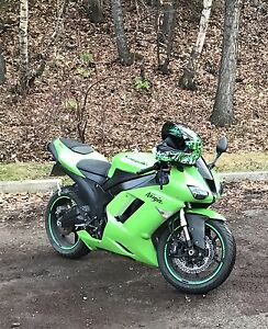 07 Kawasaki zx6r great condition / low km