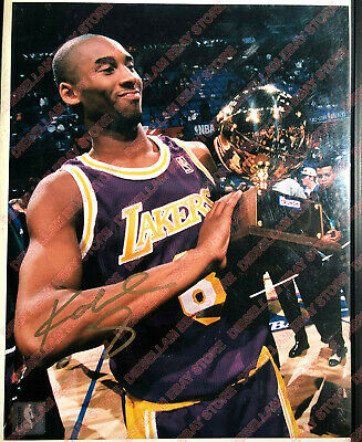 1997 NBA slam dunk contest winner KOBE BRYANT SIGNED 11X14 PHOTO -