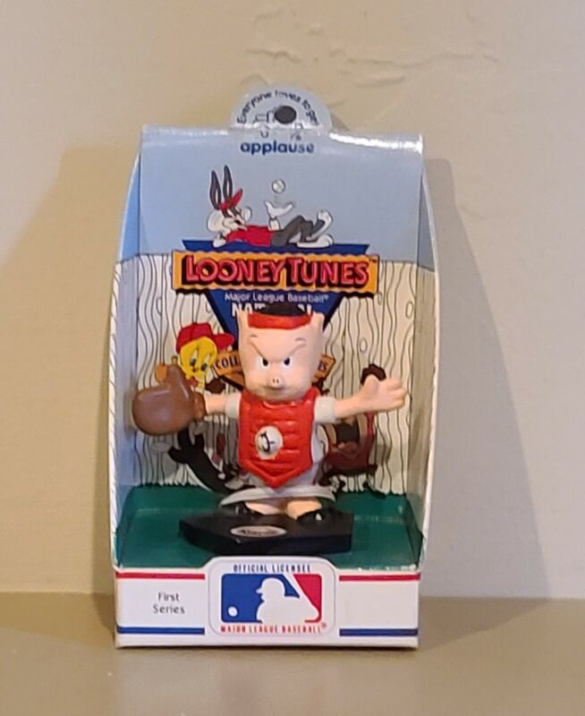 Looney Tunes National League Collector Figurine Porky Pig Houston Astros