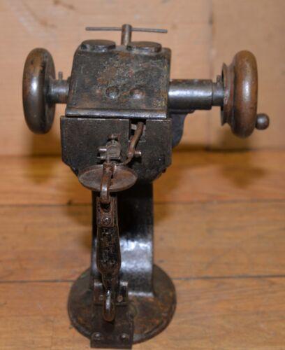 Peugeot fur sewing machine Bonis rare antique collectible Audin Court France