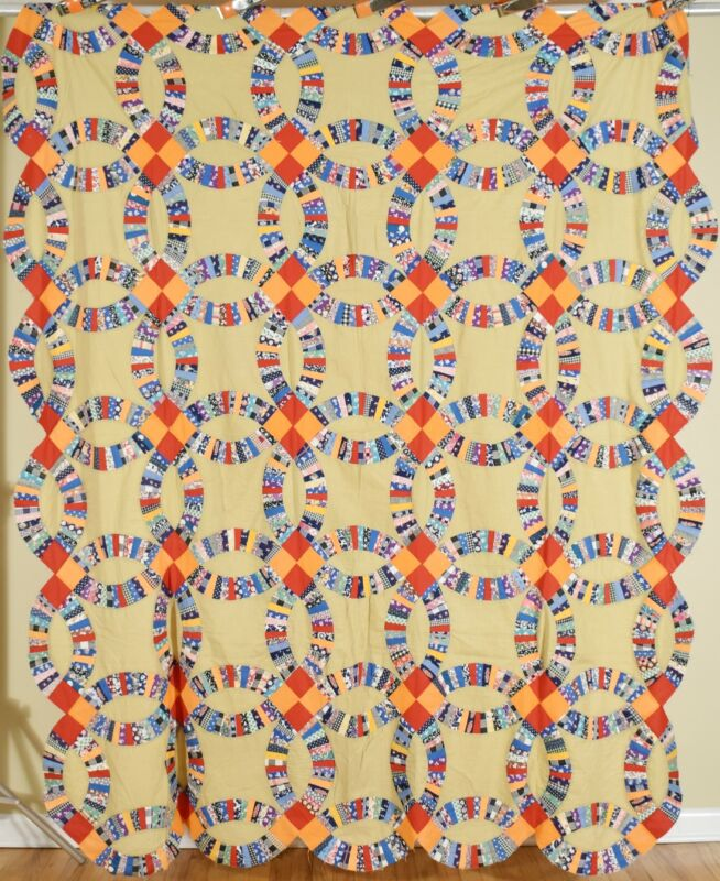 Large BEAUTIFUL Vintage Double Wedding Ring Quilt Top ~Great Colors!