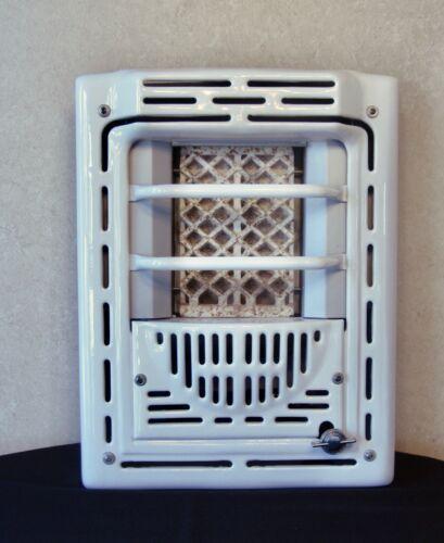 PEERLESS WHITE PORCELAIN BATHROOM WALL 6000 BTU LP/PROPANE GAS HEATER