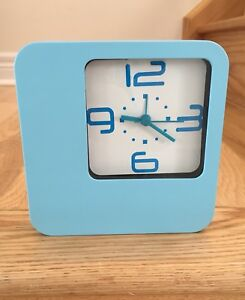Small table top clock