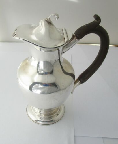 Walker & Hall Sterling Silver Syrup Pitcher Circa 1902 Sheffield England