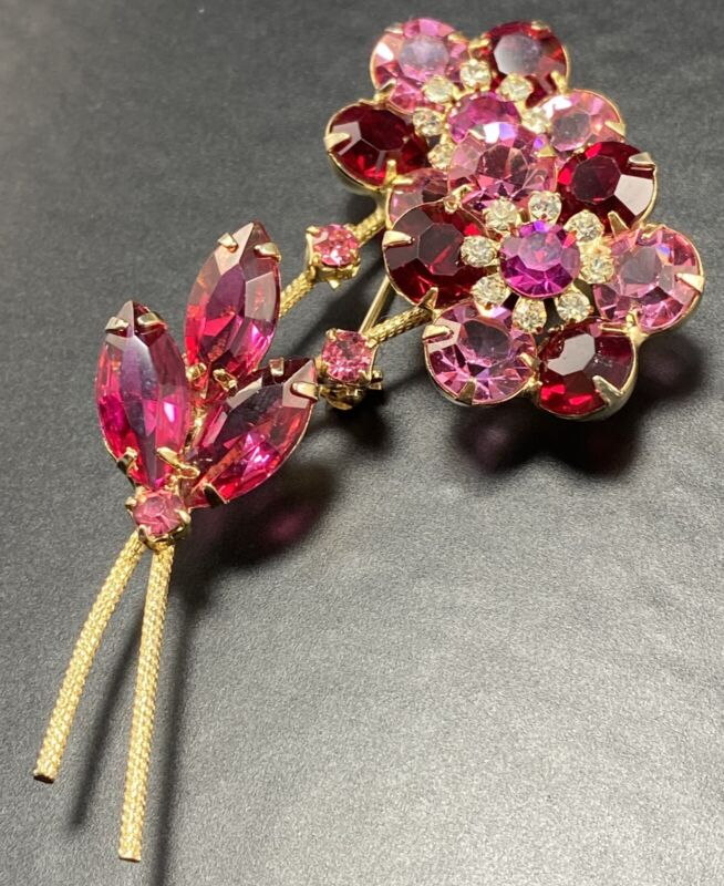 JULIANA Vintage Brooch Pin Large Pink & Red Crystal Marquise Rhinestones Flowers