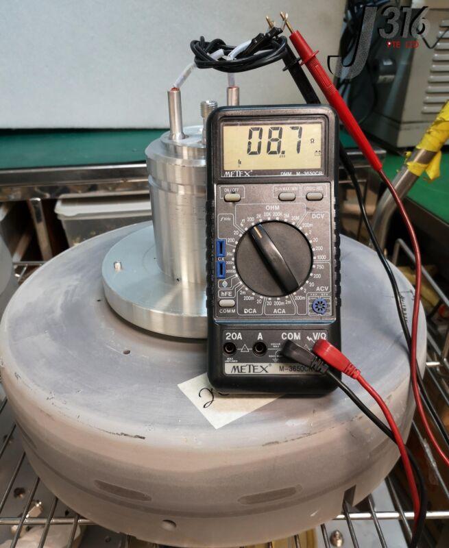 7020 Novellus Heater Pedestal Block 02-298157-00