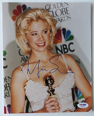 Mira Sorvino Signed Golden Globe Awards 8X10 Photo  Psa Dna   P92092