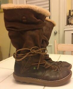 El Naturalista Leather Boots Size 9.5 (40)