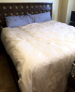 MOVING SALE!!!! CHEAP BEDROOM SET