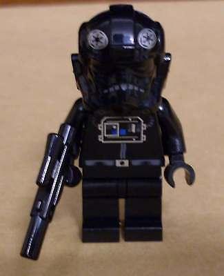 Lego Star Wars Tie Defender Pilot Figur Mit Blaster Waffe Piloten Schwarz Neu