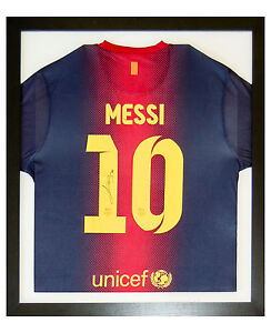 LIONEL MESSI SIGNED SHIRT FRAME, FC BARCELONA OR ANY FOOTBALL, RUGBY, T-SHIRT