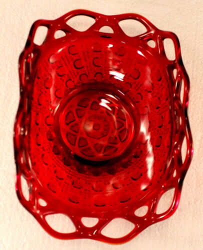 """Imperial Red Lace 7 1/2"""" Bowl Hobnail EXCELLENT"""