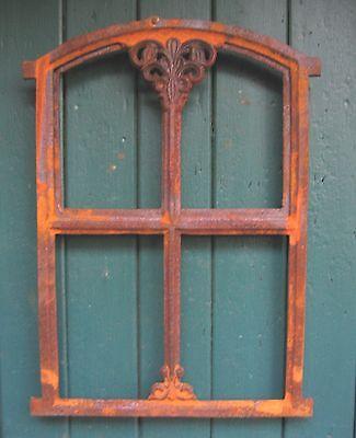 Neu! Verziertes Gussfenster Stallfenster mit Tür Klappe