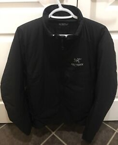 Arc'teryx Atom AR Jacket (black,medium, mint new condition)
